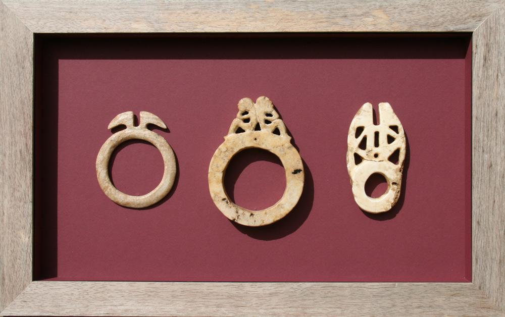 Boitage avec bijoux en bénitier